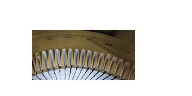 Elektromotor keine Ersatzteile einfach dann neu wickeln im Bild die neue Nutisolation für die Drähte